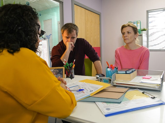 Steve and Leanne receive an update on Oliver on Coronation Street May 27, 2020