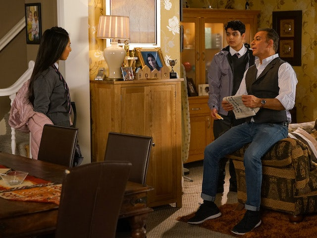 Asha is confronted by Dev on Coronation Street May 29, 2020