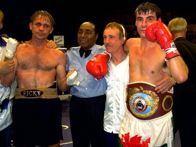 On this day: Joe Calzaghe retains WBO super-middleweight title