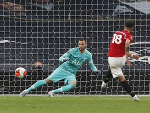 Bruno Fernandes earns Man Utd point at Tottenham after Paul Pogba wins penalty