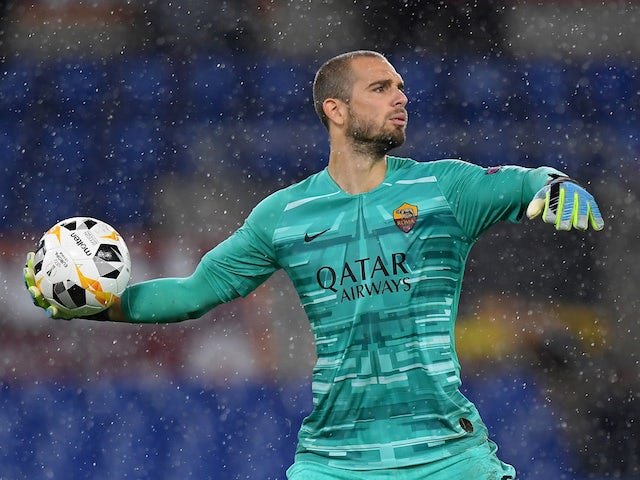Roma goalkeeper Pau Lopez pictured in October 2019