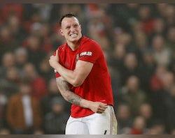 Man United 'opt against Phil Jones surgery'