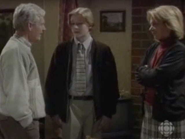 Classic Corrie episode 3,960 - Nick sells the house to Don
