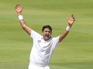 Mohammad Abbas hits hat-trick as Hampshire dominate Middlesex