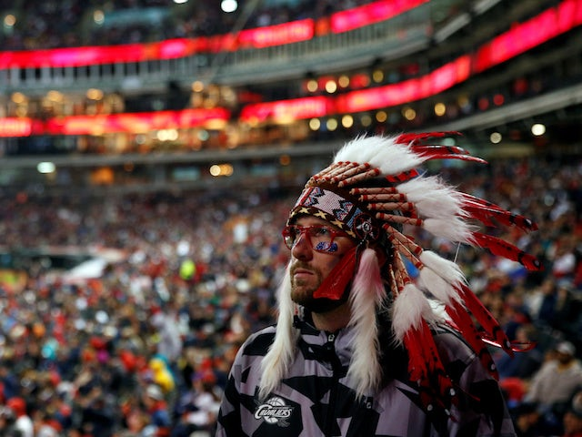 Cleveland Indians join Washington Redskins in reviewing team name