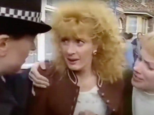 Classic Coronation Street episode 3,988 - Liz has Jim arrested