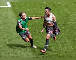 Hernandez strikes late to hand Leeds huge win over Swansea