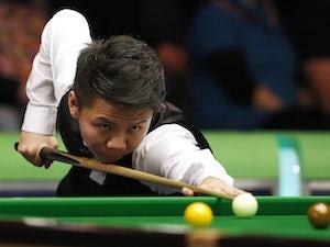 Zhou Yuelong hits 147 break on first day of Scottish Open