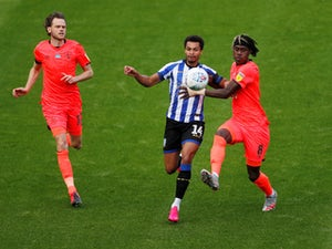 Huddersfield miss chance to move clear of danger with Sheffield Wednesday draw
