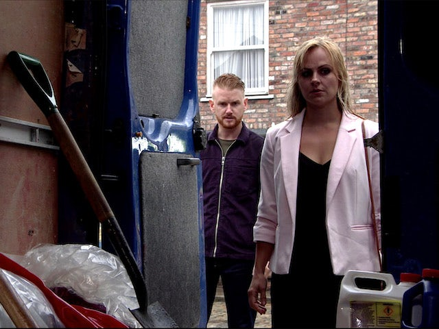 Sarah makes a discovery on Coronation Street on July 29, 2020