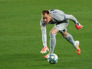 Ter Stegen 'snubs Chelsea to sign Barca deal'