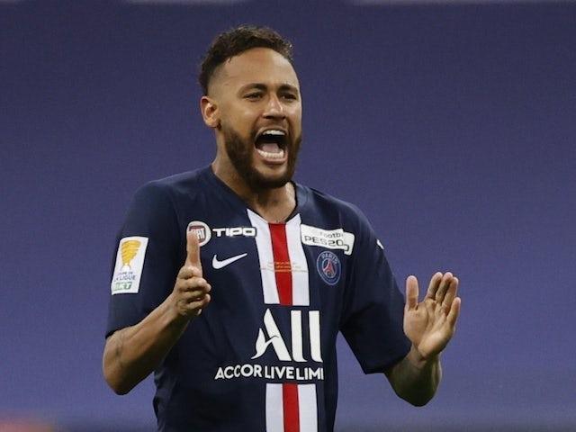 Neymar 'tells PSG he wants to stay'