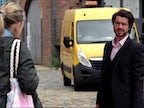 """<span class=""""p2_new s hp"""">NEW</span> Coronation Street cast and crew 'could isolate in Manchester hotel'"""