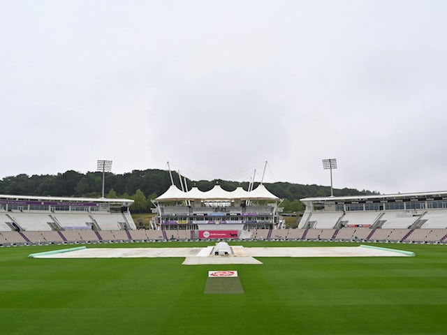 England, Pakistan frustrated again due to weather