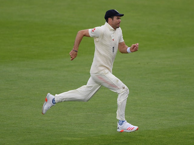 James Anderson moves to 599 Test wickets as Pakistan frustrate England