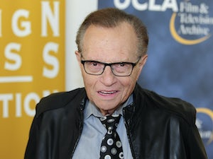 "Larry King's three sons ""heartbroken"" after broadcasting legend's death"