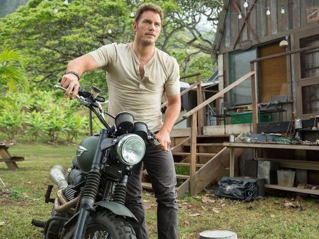 Chris Pratt refusing to fly to Malta for Jurassic World filming?