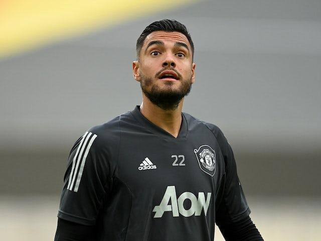 Manchester United 'slash Sergio Romero asking price'
