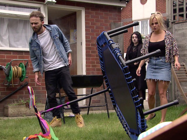 David, Nina and Sarah are stunned on Coronation Street's first episode on September 11, 2020
