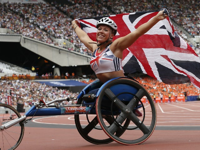 Picture of the day - Hanna Cockroft storms to Paralympics gold