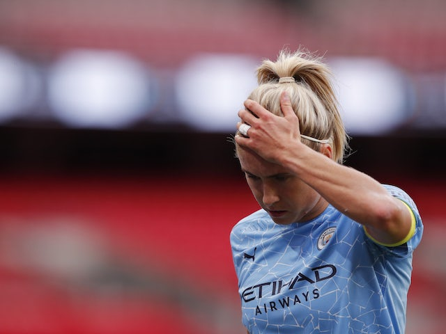 Steph Houghton: 'England need to be in that top spot'