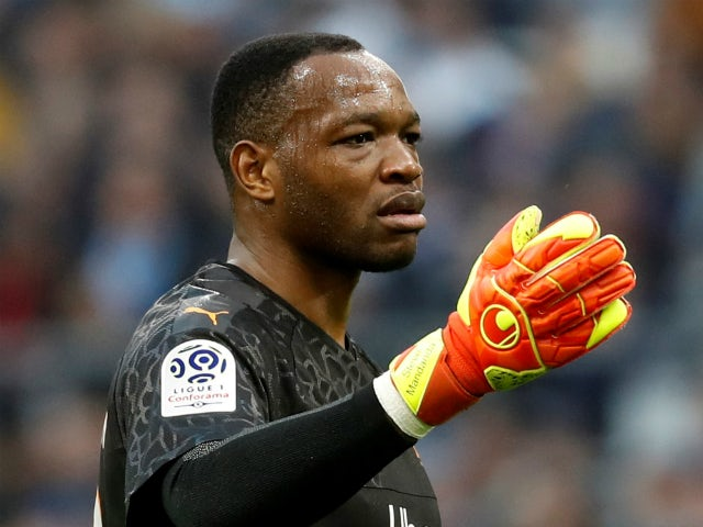 Marseille and France goalkeeper Steve Mandanda pictured in Ligue 1 action on February 22, 2020