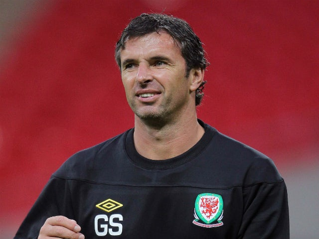 Tuesday's sporting social: Former clubs pay tribute to Gary Speed