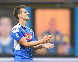 Tottenham 'to meet with Milik's agent on Wednesday to discuss deal'