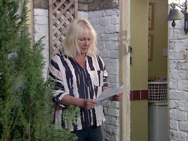 Eileen on Coronation Street's second episode on October 7, 2020