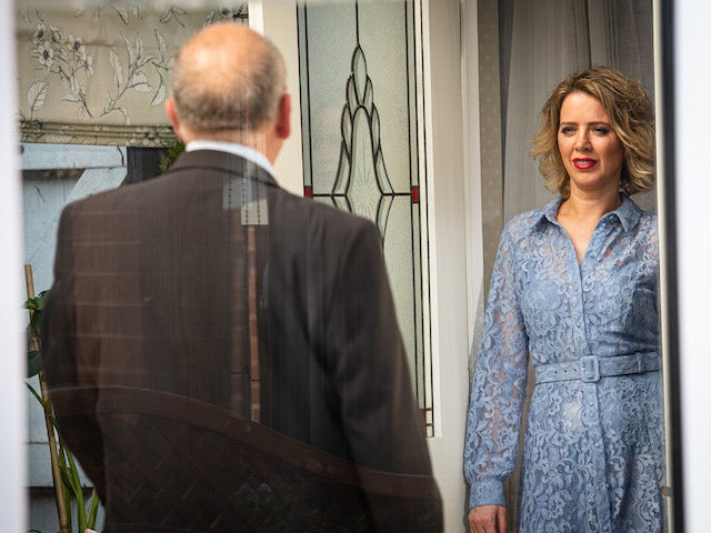 Geoff and Abi on Coronation Street's first episode on October 7, 2020