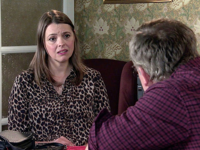 Tracy on Coronation Street's second episode on October 5, 2020