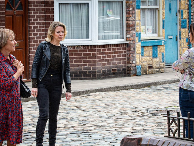 Sally, Abi and Faye on Coronation Street's second episode on October 5, 2020