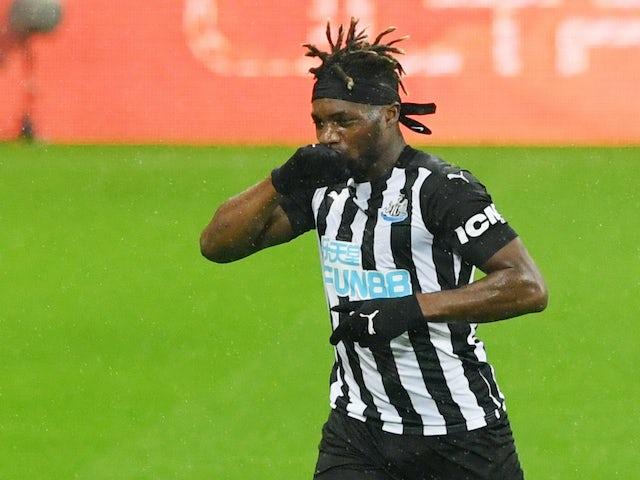 Allan Saint-Maximin celebrates scoring for Newcastle United on October 3, 2020