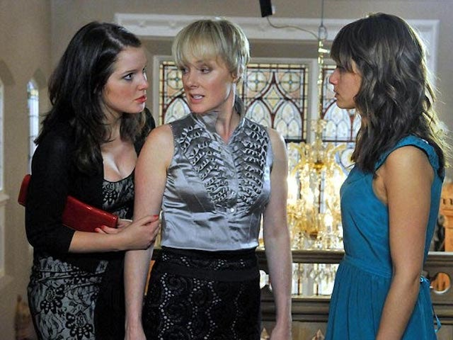 Sally Dynevor hints at Rosie and Sophie return in Corrie