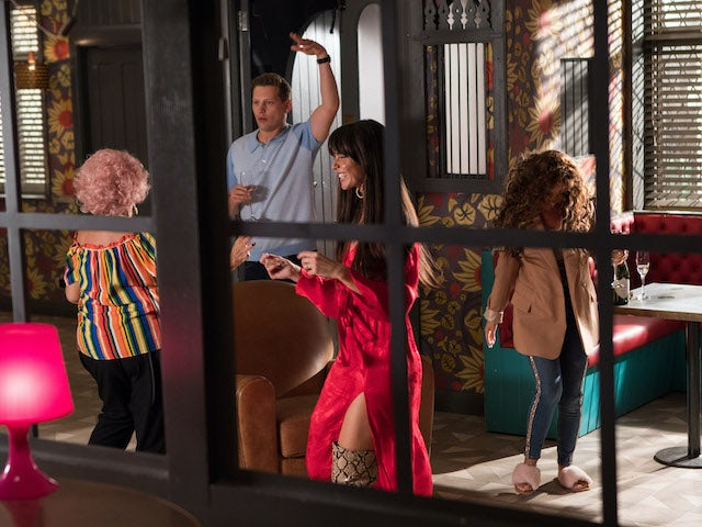 The McQueens dance on Hollyoaks episode 5458