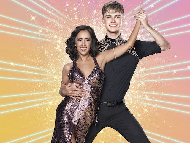 HRVY compares Strictly partner Janette Manrara to his mother