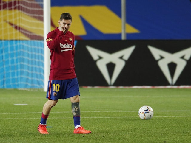 Manchester City 'considering January move for Lionel Messi'