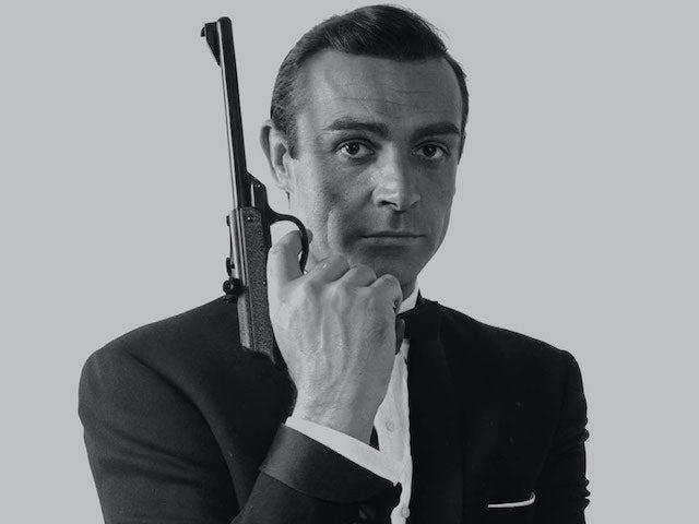 Daniel Craig, Dame Shirley Bassey lead tributes to Sir Sean Connery