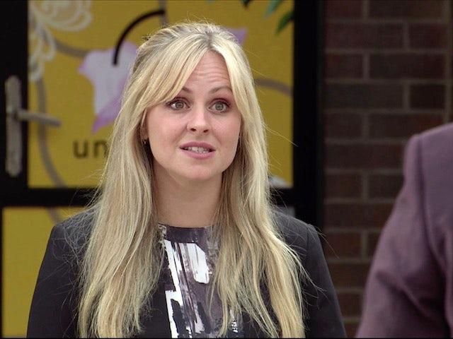 Sarah on Coronation Street on November 11, 2020
