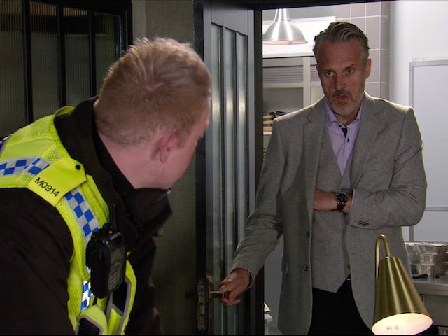 Ray and Craig on the first episode of Coronation Street on November 16, 2020
