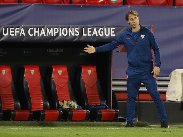 Sevilla head coach Julen Lopetegui pictured on November 4, 2020