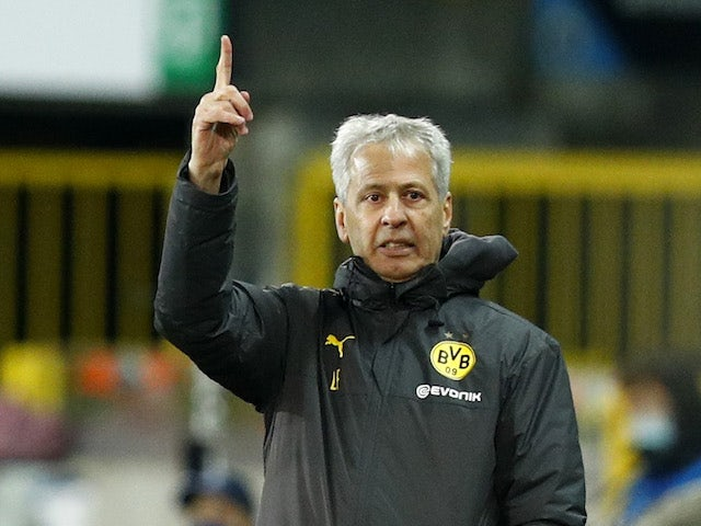 Borussia Dortmund head coach Lucien Favre pictured on November 4, 2020