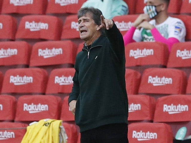 Real Betis head coach Manuel Pellegrini pictured on November 7, 2020
