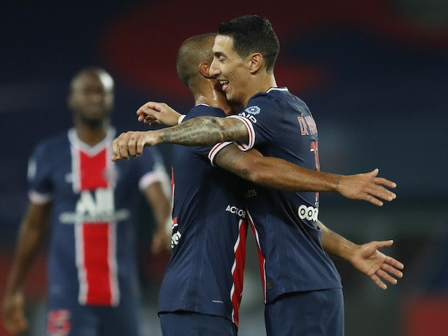 Paris Saint-Germain's PSG's Angel Di Maria celebrates with teammates after scoring against Rennes on November 7, 2020