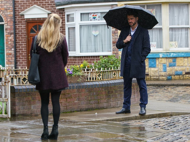 Adam and Sarah on the first episode of Coronation Street on November 23, 2020