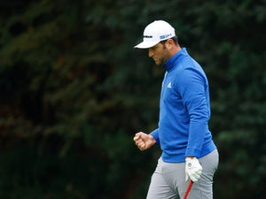 Five-way tie for lead as Masters hots up