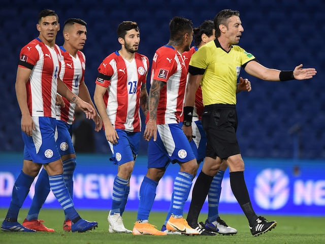 Paraguay players react against Argentina on November 13, 2020