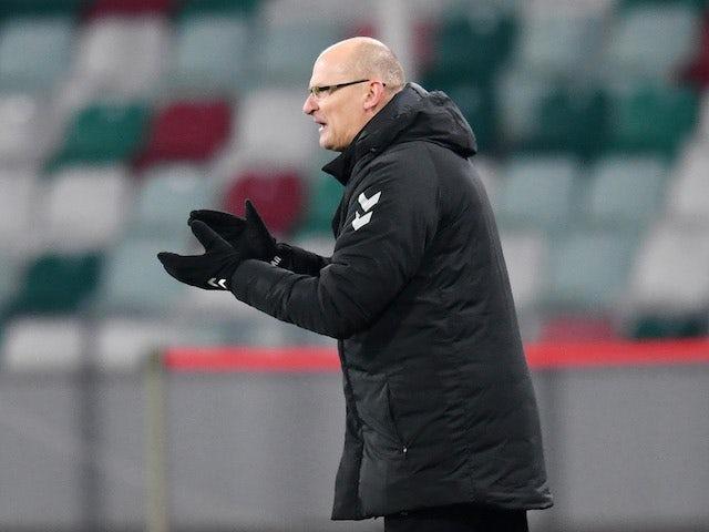 L'entraîneur-chef de la Lituanie Valdas Urbonas photographié le 15 novembre 2020