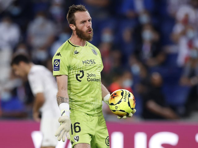 Metz goalkeeper Alexandre Oukidja pictured in September 2020