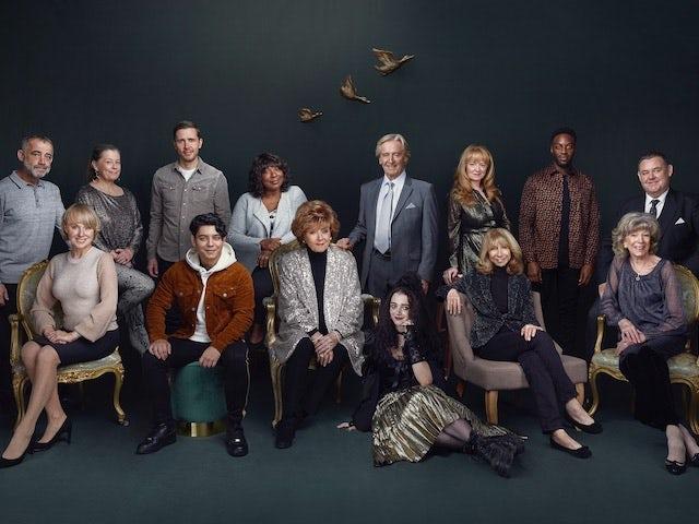 Coronation Street releases 60th anniversary cast photo